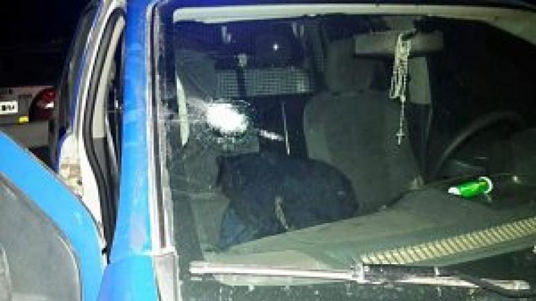 Balazos. Dos proyectiles impactaron en un patrullero. (Policiales Córdoba)