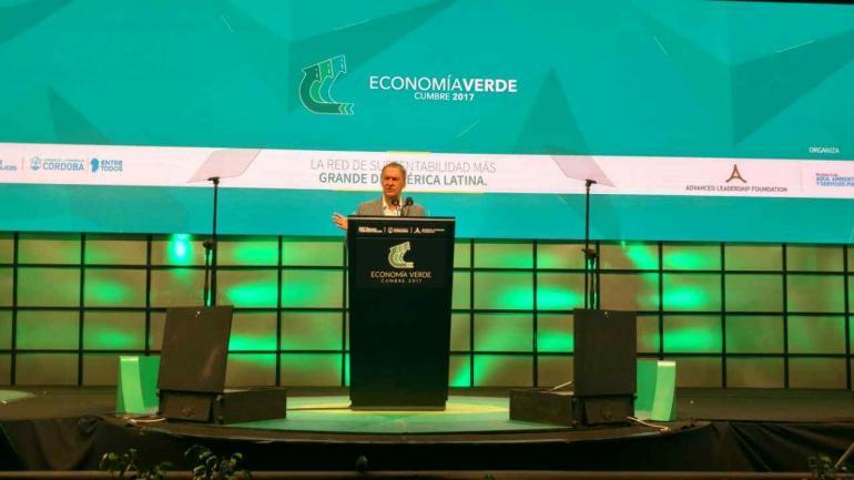 CUMBRE VERDE. El gobernador Schiaretti participó de la apertura del evento (La Voz/ Facundo Luque).