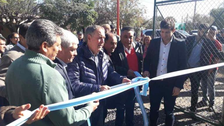 El gobierno de la Provincia se comprometió a colocar 8.000 metros de cañerías que permitan abastecer de gas a la mitad del pueblo (Municipalidad de Serrezuela)