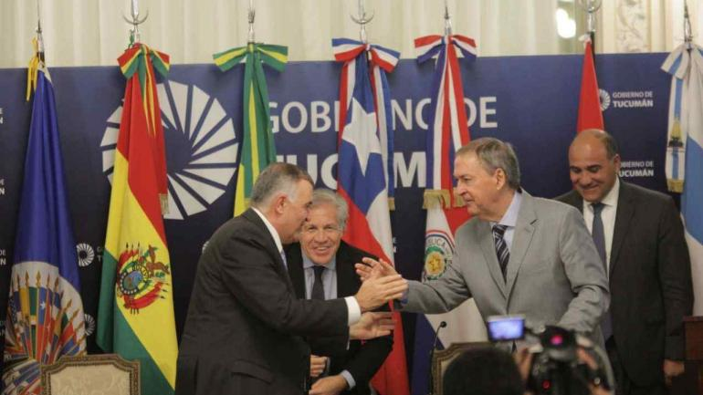 Schiaretti en Tucumán con otros gobernadores (Prensa Gobierno).