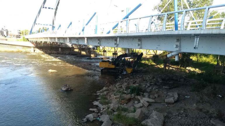 El puente Vélez Sársfield (La Voz).