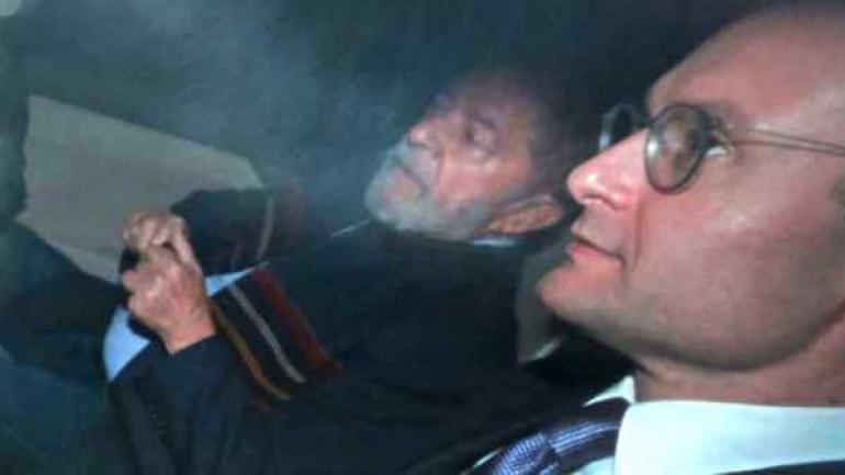 Lula y su abogado, Cristiano Zanin. (Gentileza de Infobae)