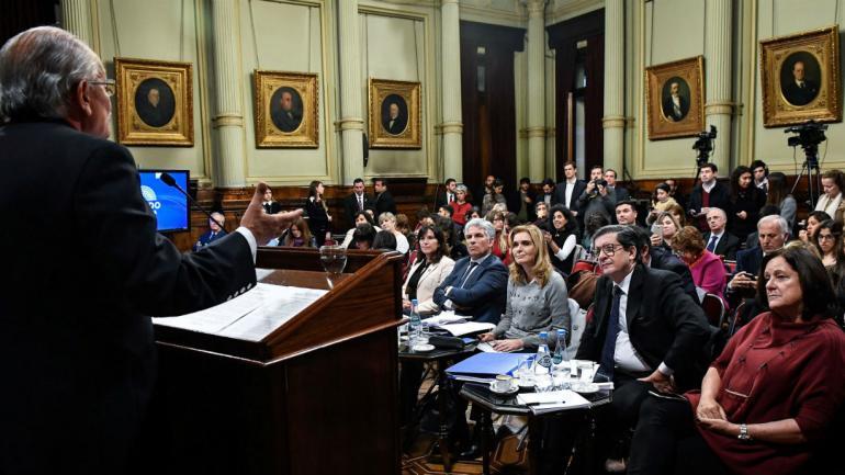 Abel Albino hablando en el Senado (Comunicación Senado).