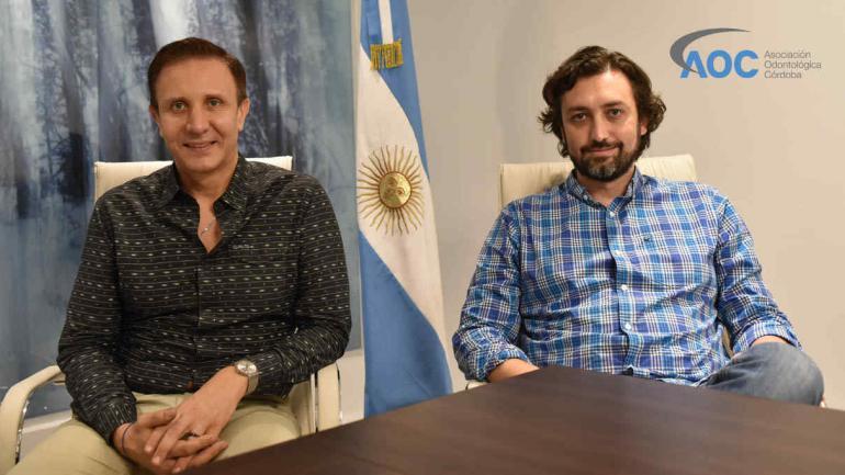 Dr. José D'Itria, Presidente, junto a Od. Esteban Brenna, tesorero de AOC. /AOC
