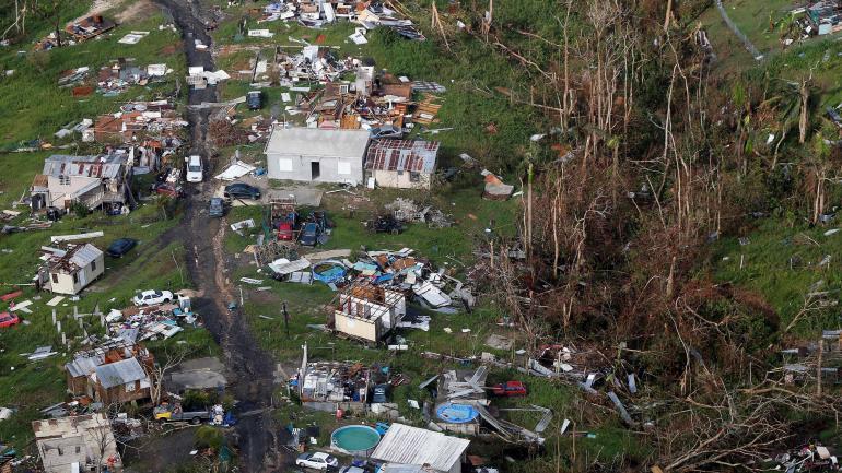 Parte de la destrucción que provocaron los huracanes Irma y María en Puerto Rico. (AP / Archivo)