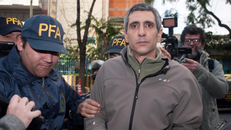 ROBERTO BARATTA. Al ser detenido el 1º de agosto (Gentileza Clarín).