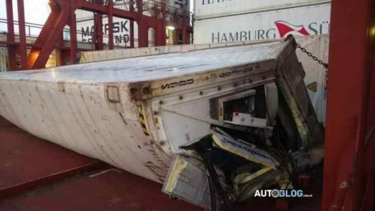 Los costos del accidente serán cubiertos por las compañías de seguro de las empre. (Autoblog)