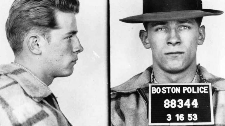 BULGER. En 1953 (Boston Police/The Boston Globe vía AP).
