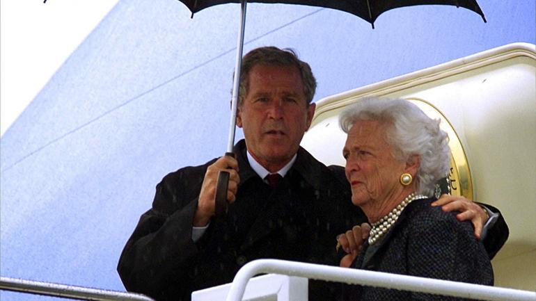 Barbara Bush junto a George Bush. (AP / Archivo)