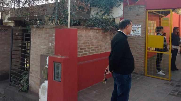 INCIDENTE. La casa colindante al colegio (La Voz/Achivo/ José Hernández).