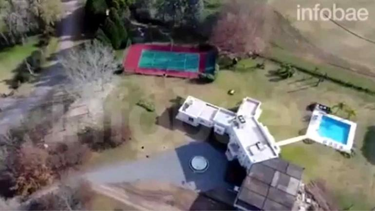 Captura de la imagen del dron de Infobae.