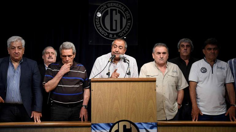 REFORMA PREVISIONAL. Carlos Acuña, Héctor Daer y Juan Carlos Schmid, durante la conferencia de prensa de la central obrera. (Archivo)