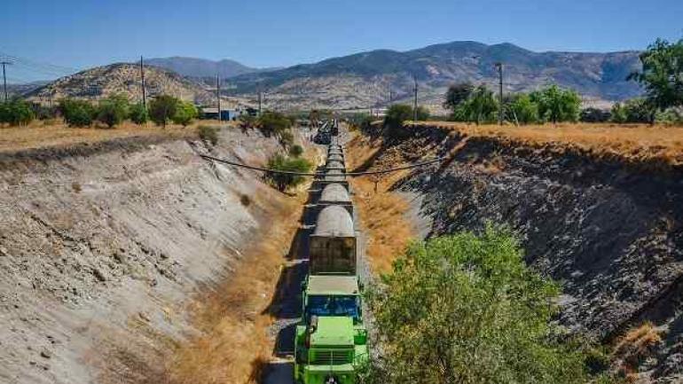 Cada vagón carga un silo que contiene el volumen, compactado, de cinco camiones recolectores.