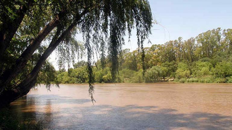 El río, a su paso por Villa María