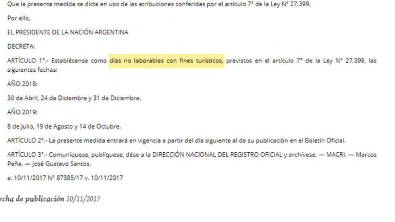"""El decreto publicado hoy, donde se habla de """"""""días no laborables con fines turísticos""""."""