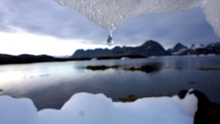 HIELOS. Un incremento más allá de los 1,5 grados, implicaría un mayor derretimiento de las capas de hielo. (AP)