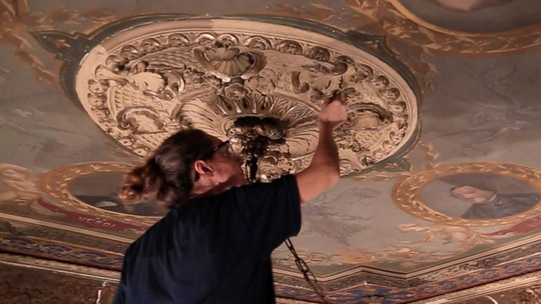 Detalles. En la restauración del Libertador han descubierto cosas.