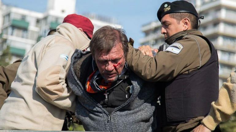 El hombre fue detenido por agentes de la Guardia Urbana Municipal (Rosario 3).