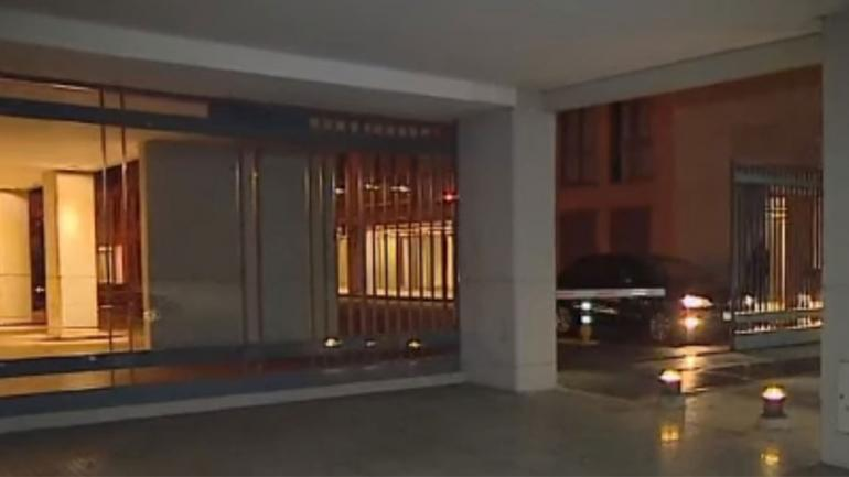 PUERTO MADERO. El edificio del que cayó la joven (Captura de video).