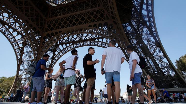 La Torre Eiffel, cerrada por conflicto laboral