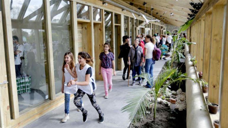 La escuela está hecha con materiales reciclables (Mauro V. Rizzi/La Nación)