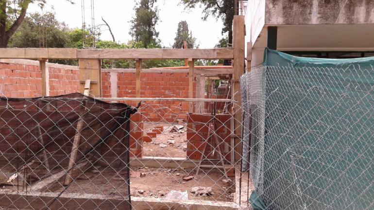 ESCUELA DE MAURO. En obra (La Voz/R. Viñuelas).