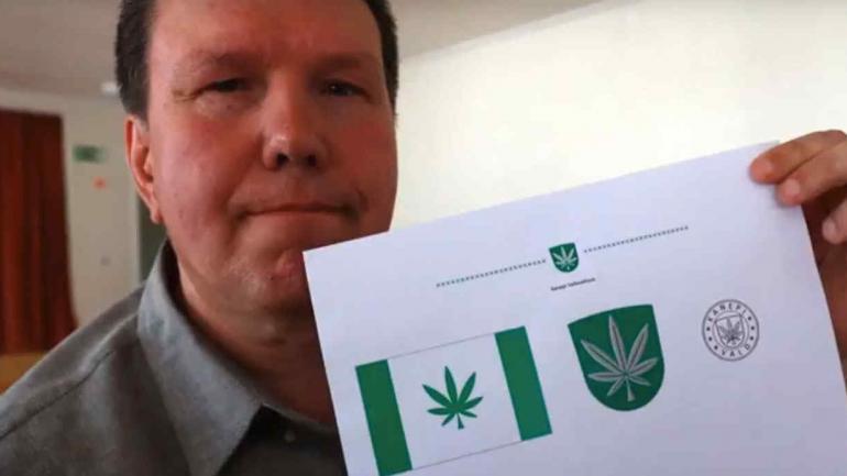 ESTONIA. Los habitantes de Kanepi votaron que la imagen símbolo de la ciudad sea una hoja de marihuana (Captura de video).