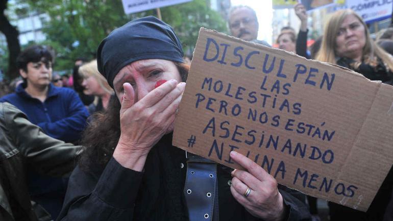 """FEMICIDIOS. """"Ni una menos"""" es el pedido de las marchas que se realizan en el país en contra de la violencia de género (La Voz / Archivo)."""