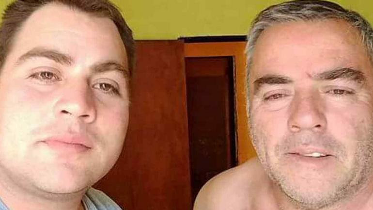 Franco, junto a su padre.