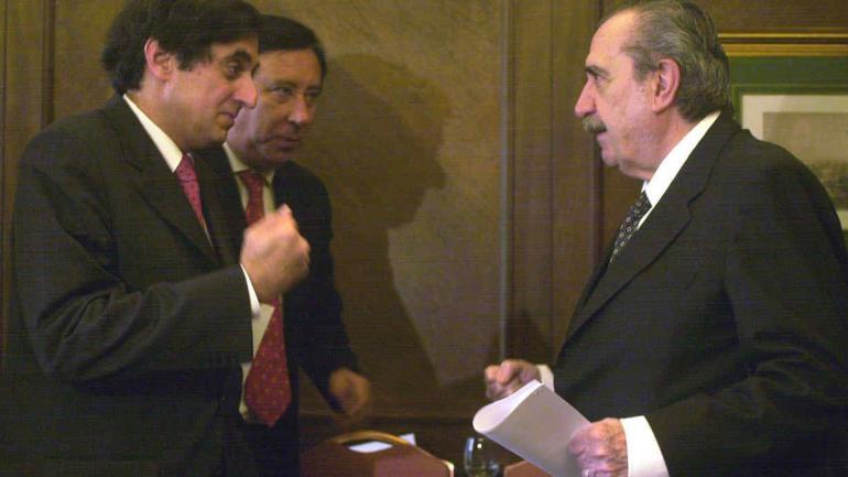 Alfonsín con Anoop Singh, enviado del FMI (La Voz/Archivo)