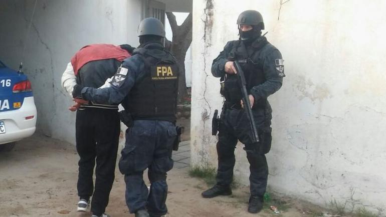 VILLA CURA BROCHERO. Los dos detenidos fueron aprehendidos por venta de estupefacientes (FPA).