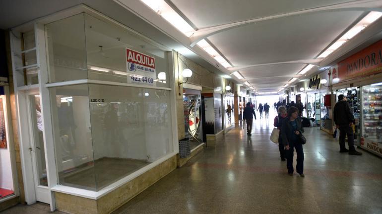 En el Centro de Córdoba hubo muy poco movimiento comercial. (Pedro Castillo)