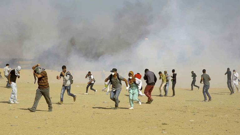 GAZA. El ejército israelí atacó a los manifestantes palestinos y hubo decenas de muertos y cientos de heridos (AP).