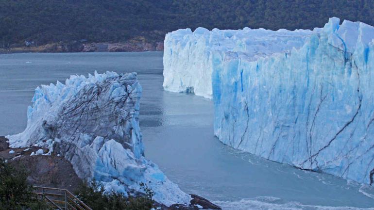 GLACIARES. El Perito Moreno es el más grande del país (Télam / Archivo).