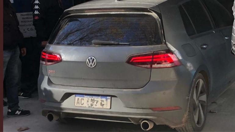Otro de los automóviles de los representantes sindicales que llegó a Casa Rosada (@gonzaloaziz)