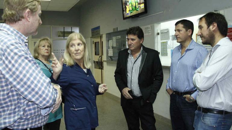El hospital destaca por sus excelentes instalaciones que contemplan consultorios, Unidad de Terapia Intensiva, quirófanos, sala de internaciones, sector de maternidad y sector para tratamientos oncológicos. (Municipalidad de Arroyito)