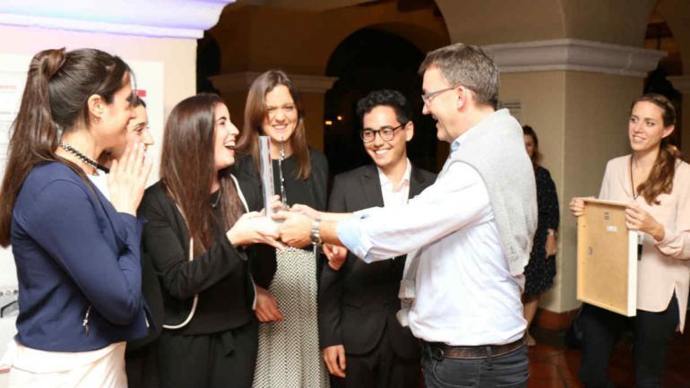 TERCER PUESTO. Agustina Nieto, Lucía Uribe Echeverría, María Belén Pizzarro, Ángela Ferrero y Seizen Huehara (Prensa Lafarge Holcim Foundation).