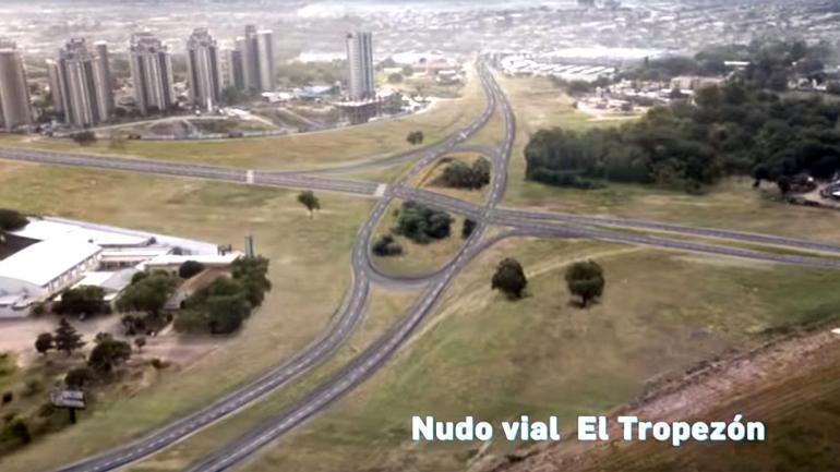 EL PASADO. La pieza audiovisual muestra cómo sería Córdoba sin las obras.
