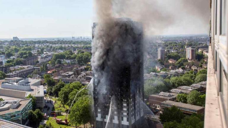 Suben a 30 los muertos por incendio en torre de Londres