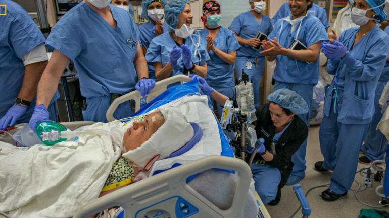 Katie, la mujer más joven en recibir un trasplante de cara (National Geographic).