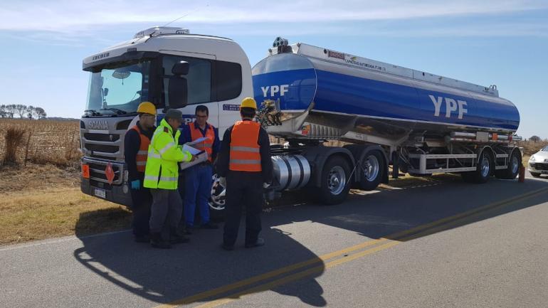 Estas acciones se realizan con el objetivo de coordinar el trabajo conjunto en caso de emergencias viales con vehículos con cargas peligrosas (LAC)