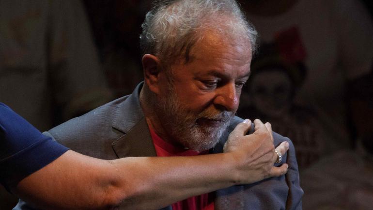 Lula, en la encrucijada, Favorito en las encuestas, el expresidente enfrenta un largo y tortuoso laberinto judicial. (AP)