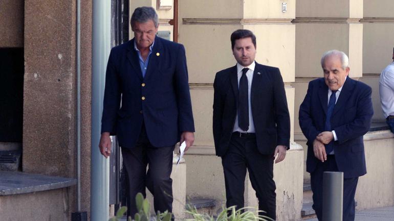 MACARRÓN. Al llegar a Tribunales. (Tomás Fragueiro / La Voz)