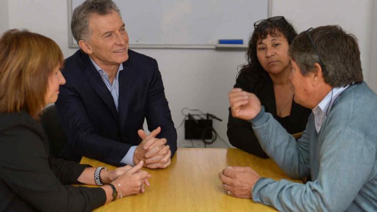 REUNIÓN. Macri y Bullrich. Se reunieron con Eva Maciel y Ricardo Dolz, padres de Alan Dolz, policía asesinado en 2017 (Presidencia de la Nación).