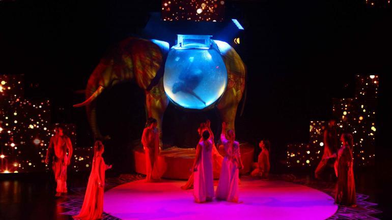 """""""Mahatma"""". El espectáculo más visto de todo el verano en la Argentina. (la voz)"""