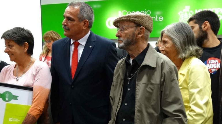"""""""QUITO"""" MARIANI. Recibió el premio por su labor en la comunidad y su trayectoria (Prensa Concejo Deliberante)."""