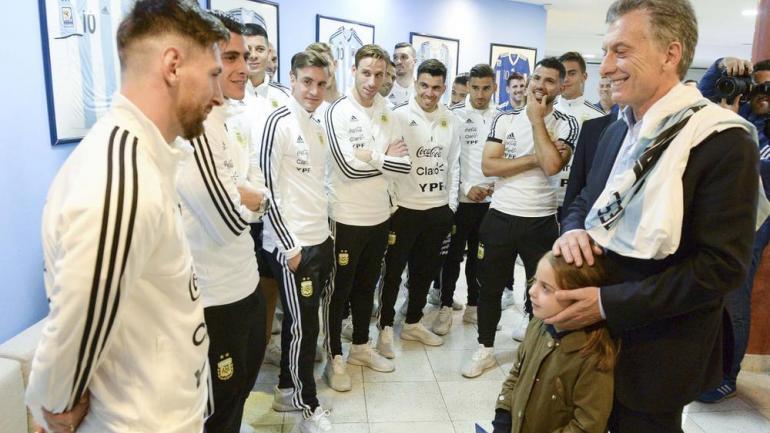 Macri junto a la selección, antes del Mundial de Rusia (La Voz).