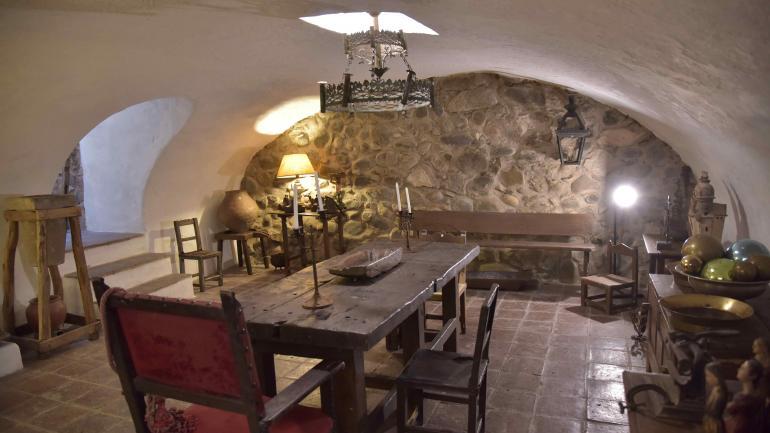 Ambientado. En el Monserrat, una recreación del mobiliario. (Javier Ferreyra)