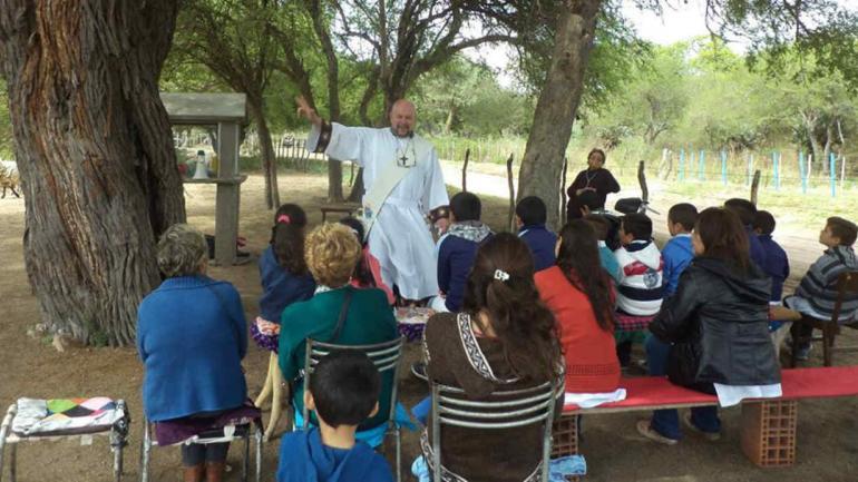 El sacerdote Muiño administrará la parroquia de San Francisco del Chañar y más de diez comunidades de alrededores.