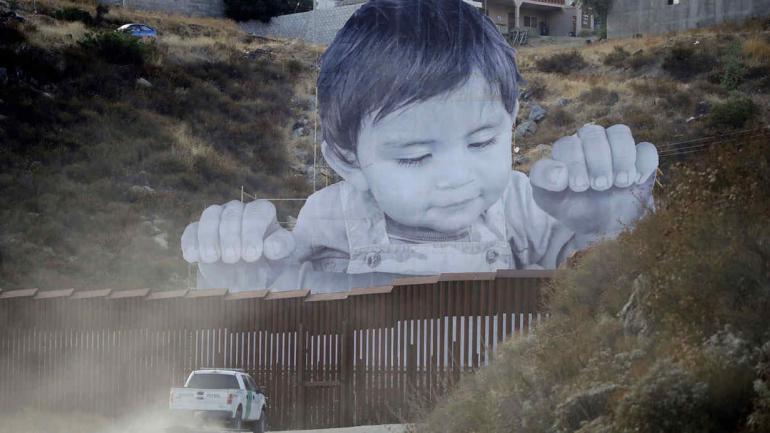 MURO DE ESTADOS UNIDOS. Comenzó a construirse en California (AP).